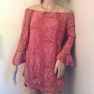 NWOT Charlotte Russe Bell Sleeve Pink Lace Tinic